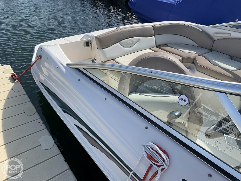 2004 Sea Ray boat for sale, model of the boat is 200 Sundeck & Image # 17 of 40