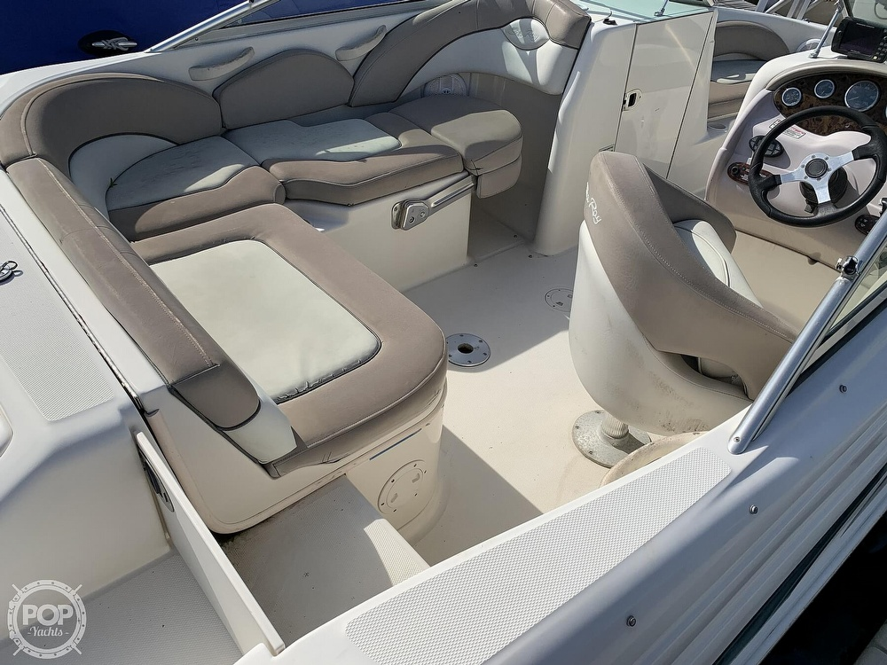 2004 Sea Ray boat for sale, model of the boat is 200 Sundeck & Image # 24 of 40