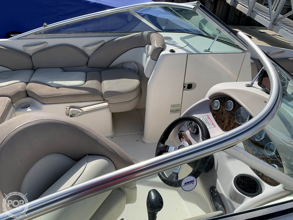 2004 Sea Ray boat for sale, model of the boat is 200 Sundeck & Image # 26 of 40