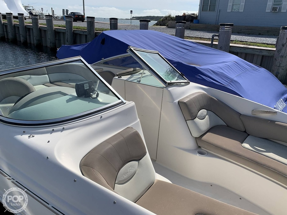 2004 Sea Ray boat for sale, model of the boat is 200 Sundeck & Image # 28 of 40