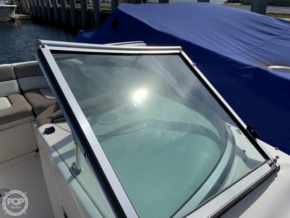 2004 Sea Ray boat for sale, model of the boat is 200 Sundeck & Image # 34 of 40