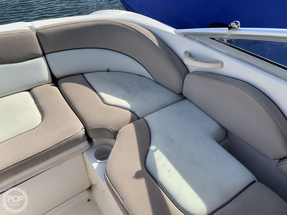 2004 Sea Ray boat for sale, model of the boat is 200 Sundeck & Image # 37 of 40