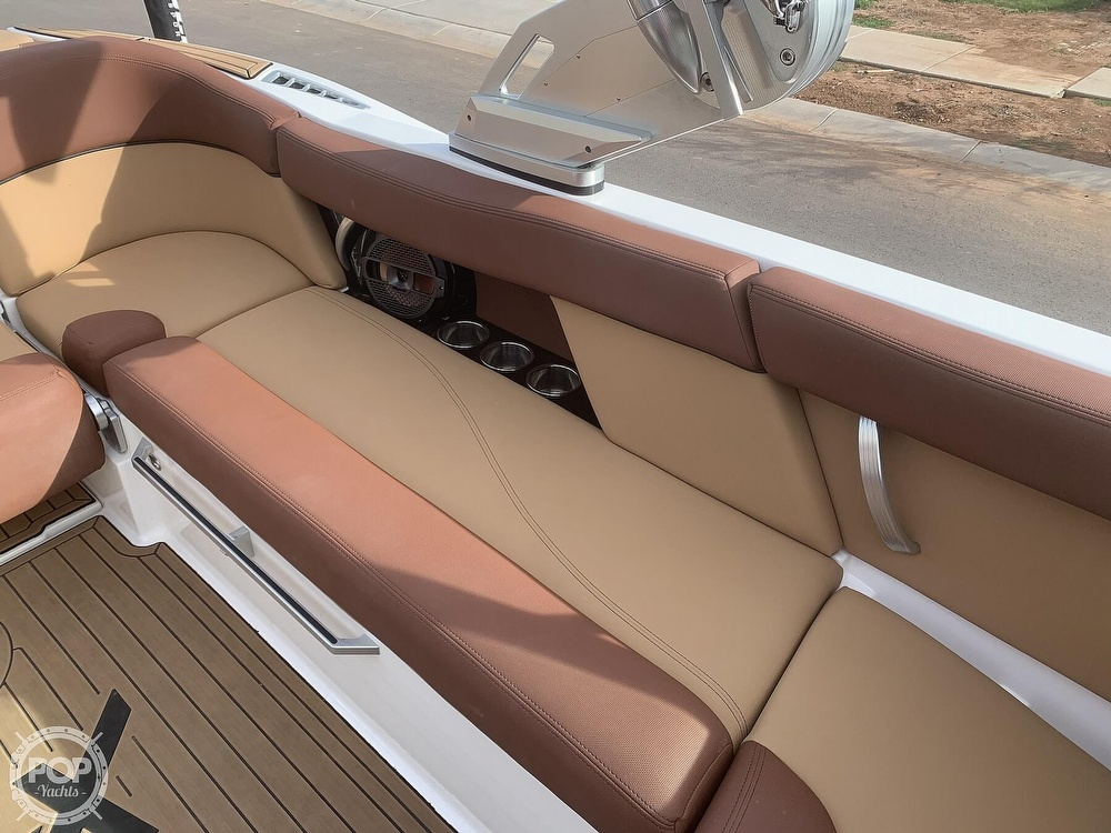 2019 Mastercraft boat for sale, model of the boat is XT22 & Image # 8 of 40