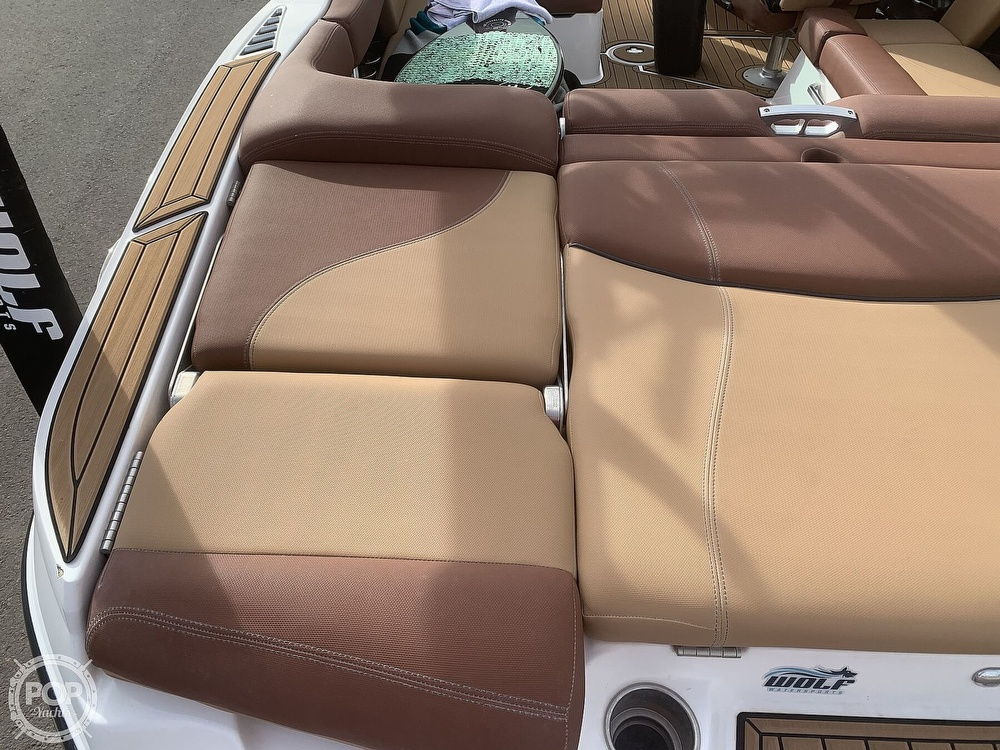 2019 Mastercraft boat for sale, model of the boat is XT22 & Image # 19 of 40