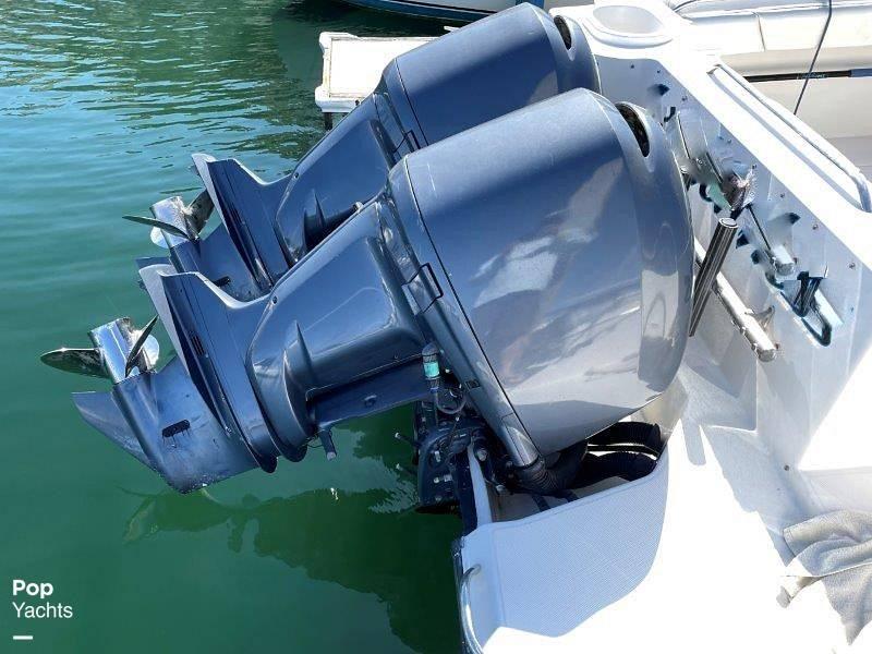 2006 Seaswirl boat for sale, model of the boat is Striper 2901 Sedan Sport Fisherman Hardtop & Image # 5 of 40