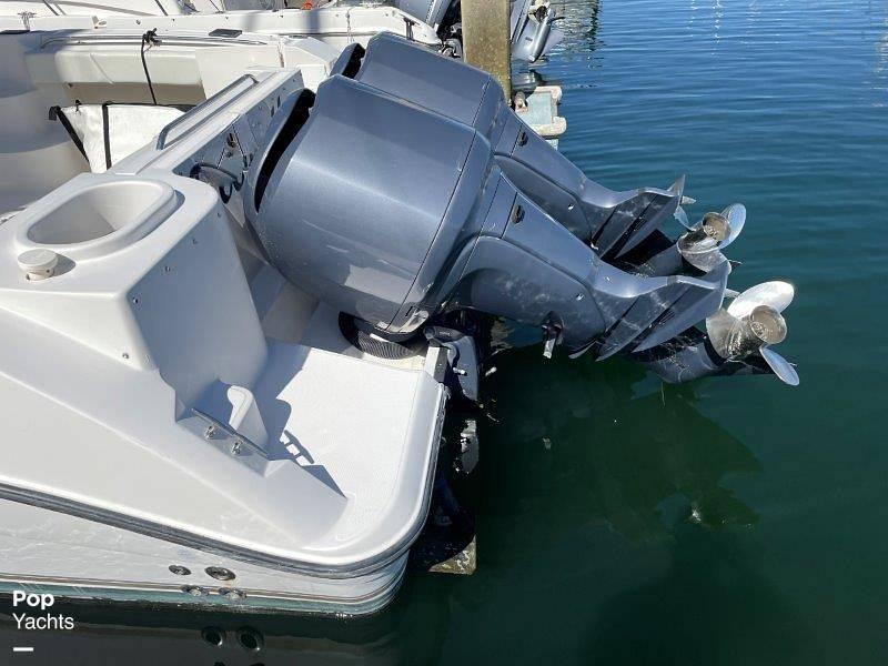 2006 Seaswirl boat for sale, model of the boat is Striper 2901 Sedan Sport Fisherman Hardtop & Image # 12 of 40