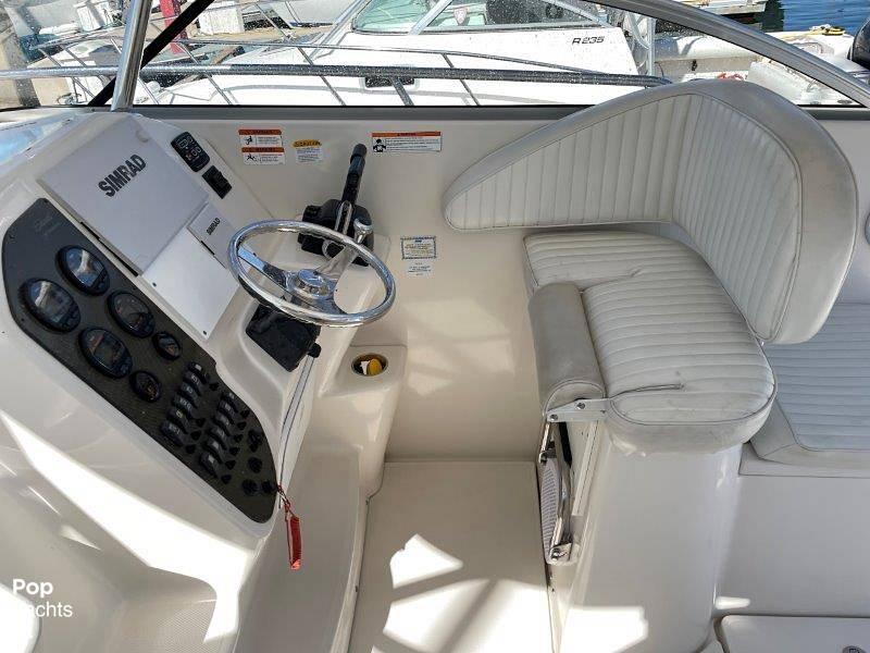 2006 Seaswirl boat for sale, model of the boat is Striper 2901 Sedan Sport Fisherman Hardtop & Image # 26 of 40