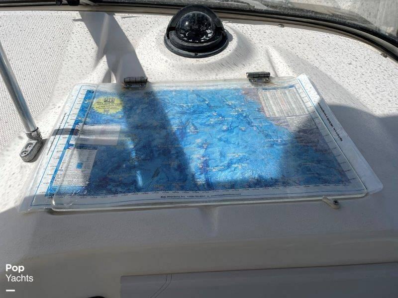 2006 Seaswirl boat for sale, model of the boat is Striper 2901 Sedan Sport Fisherman Hardtop & Image # 36 of 40