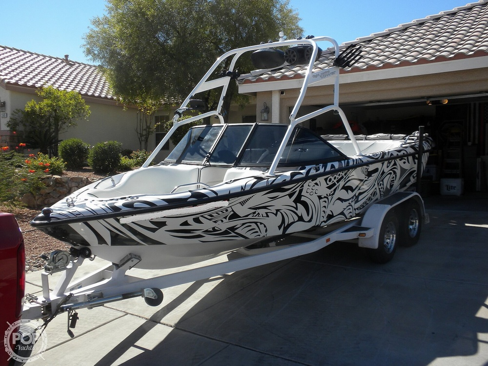 2001 Correct Craft boat for sale, model of the boat is Super Air Nautique 21 & Image # 4 of 40