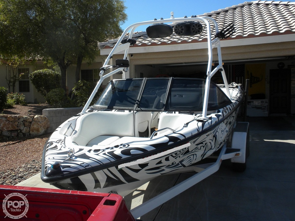 2001 Correct Craft boat for sale, model of the boat is Super Air Nautique 21 & Image # 5 of 40