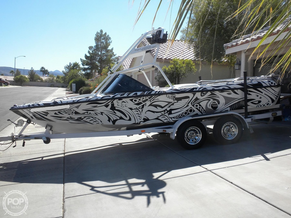 2001 Correct Craft boat for sale, model of the boat is Super Air Nautique 21 & Image # 7 of 40