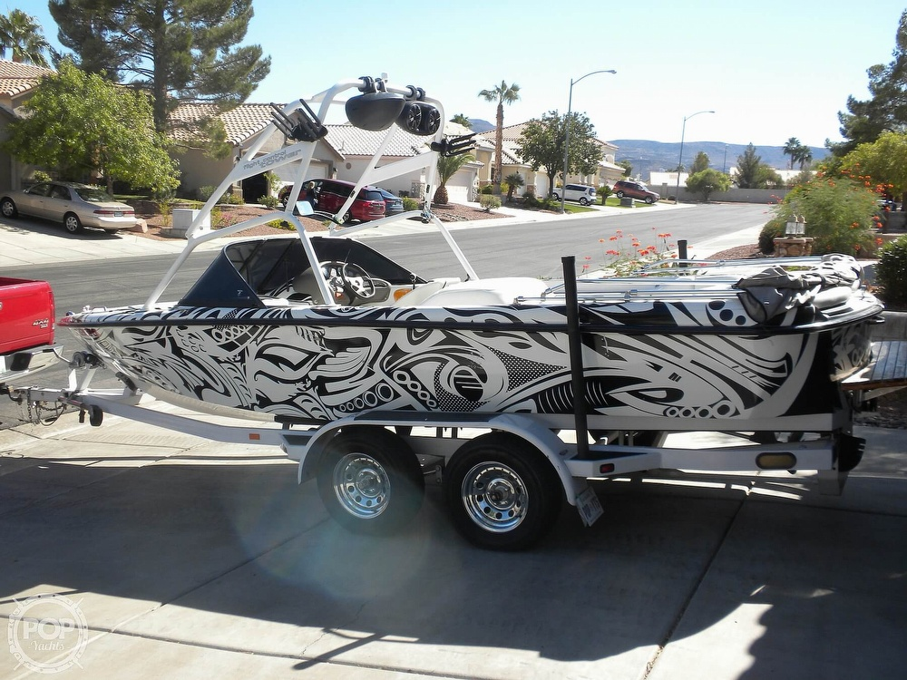 2001 Correct Craft boat for sale, model of the boat is Super Air Nautique 21 & Image # 8 of 40