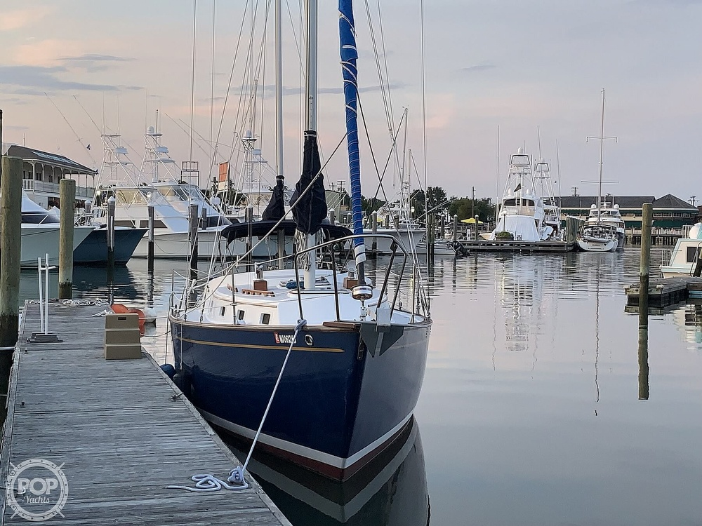 1976 Endeavour boat for sale, model of the boat is 37 & Image # 4 of 40