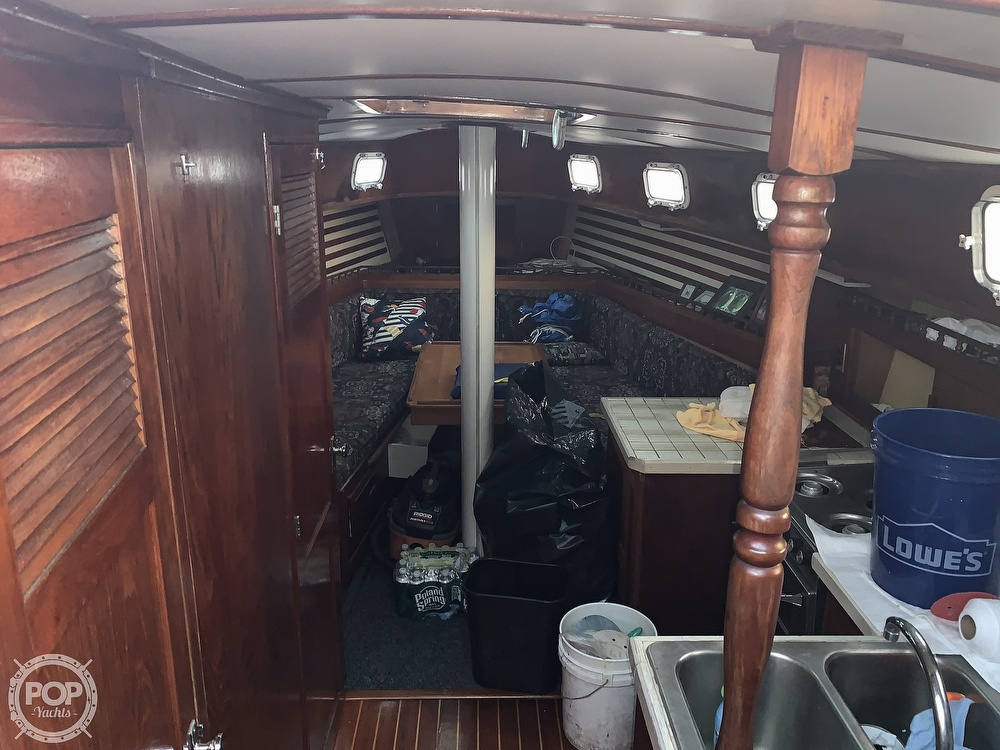 1976 Endeavour boat for sale, model of the boat is 37 & Image # 13 of 40