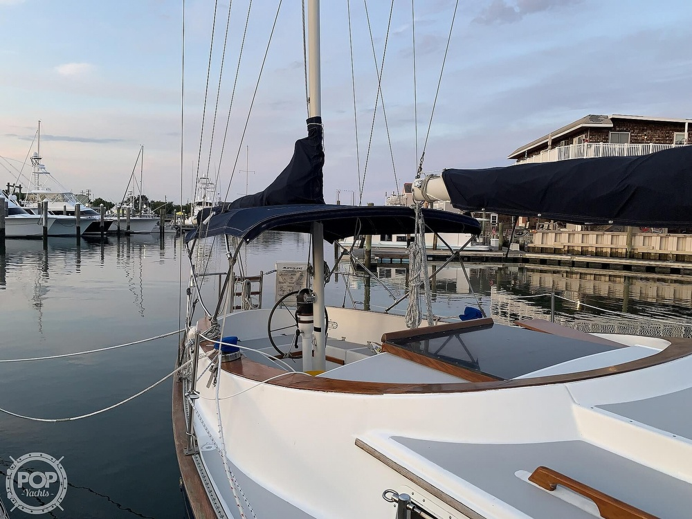 1976 Endeavour boat for sale, model of the boat is 37 & Image # 8 of 40