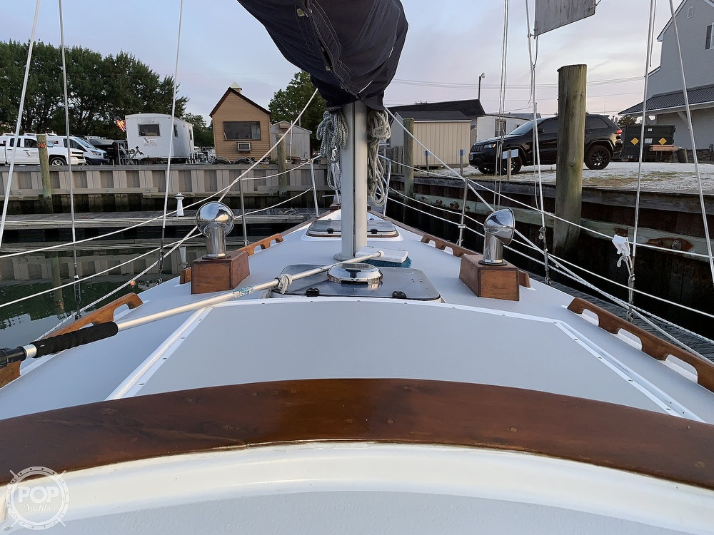 1976 Endeavour boat for sale, model of the boat is 37 & Image # 9 of 40