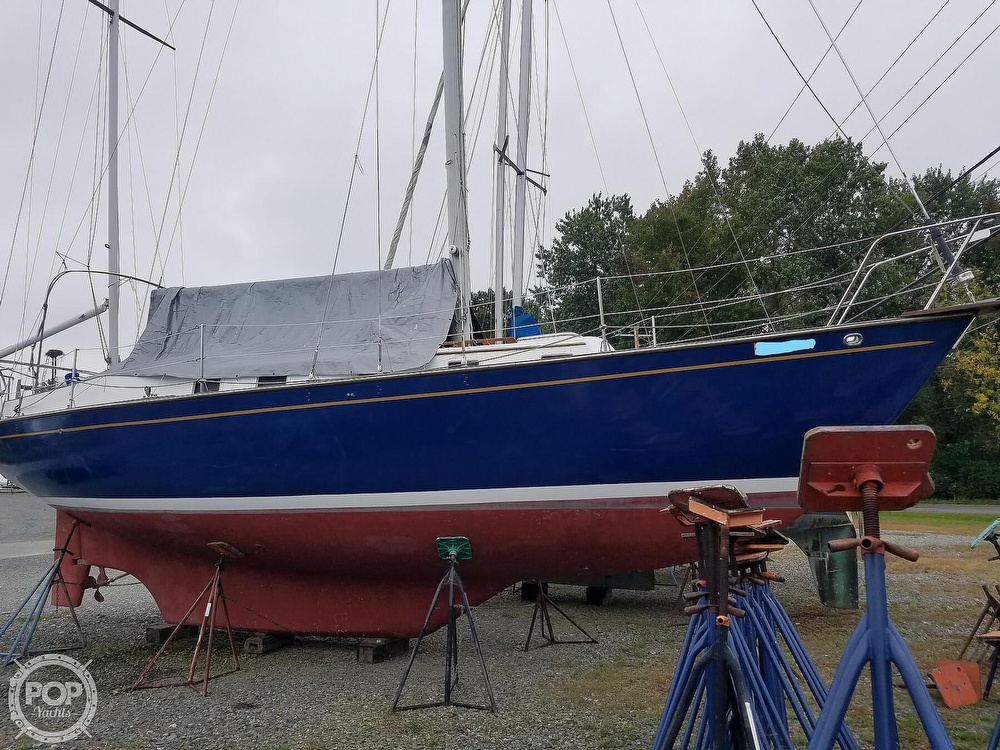 1976 Endeavour boat for sale, model of the boat is 37 & Image # 17 of 40