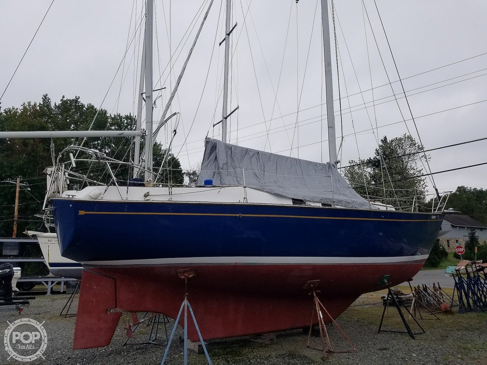 1976 Endeavour boat for sale, model of the boat is 37 & Image # 19 of 40