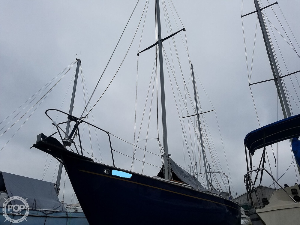 1976 Endeavour boat for sale, model of the boat is 37 & Image # 26 of 40