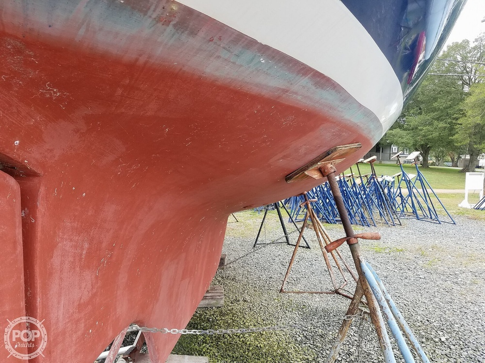 1976 Endeavour boat for sale, model of the boat is 37 & Image # 32 of 40