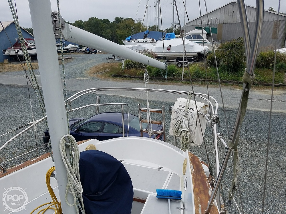 1976 Endeavour boat for sale, model of the boat is 37 & Image # 35 of 40