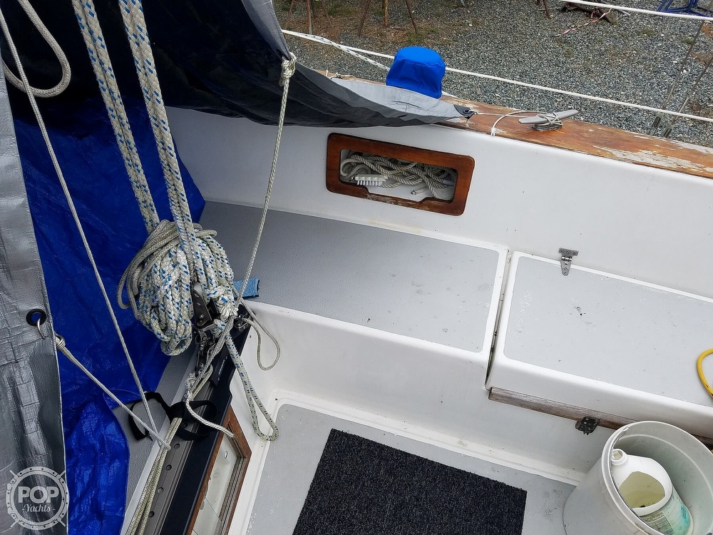 1976 Endeavour boat for sale, model of the boat is 37 & Image # 37 of 40