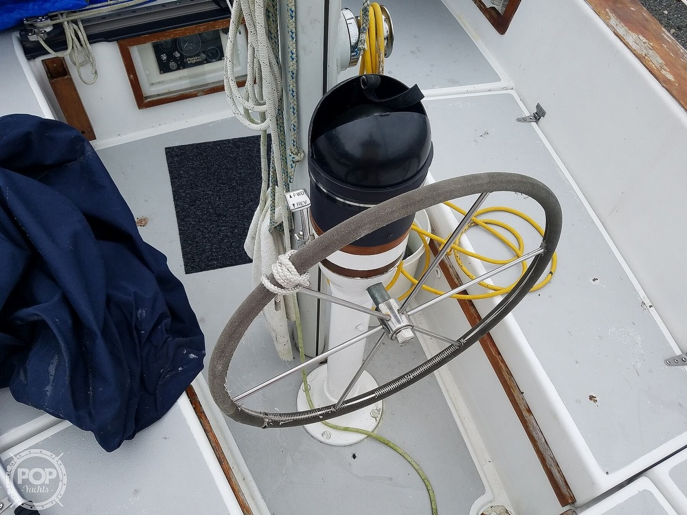 1976 Endeavour boat for sale, model of the boat is 37 & Image # 38 of 40