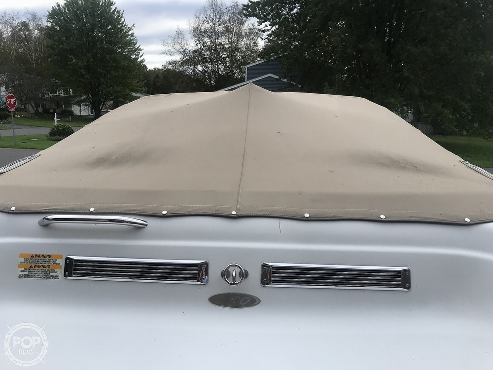 2005 Crownline boat for sale, model of the boat is 180 BR & Image # 22 of 40