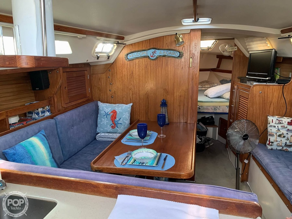 1994 Catalina Yachts boat for sale, model of the boat is 30 Mark III Tall Rig & Image # 4 of 40