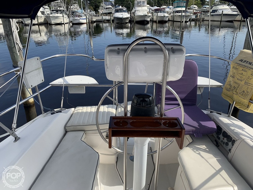 1994 Catalina Yachts boat for sale, model of the boat is 30 Mark III Tall Rig & Image # 2 of 40