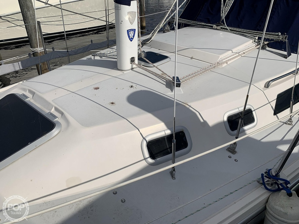 1994 Catalina Yachts boat for sale, model of the boat is 30 Mark III Tall Rig & Image # 15 of 40