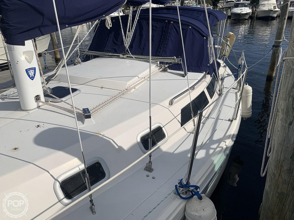 1994 Catalina Yachts boat for sale, model of the boat is 30 Mark III Tall Rig & Image # 16 of 40