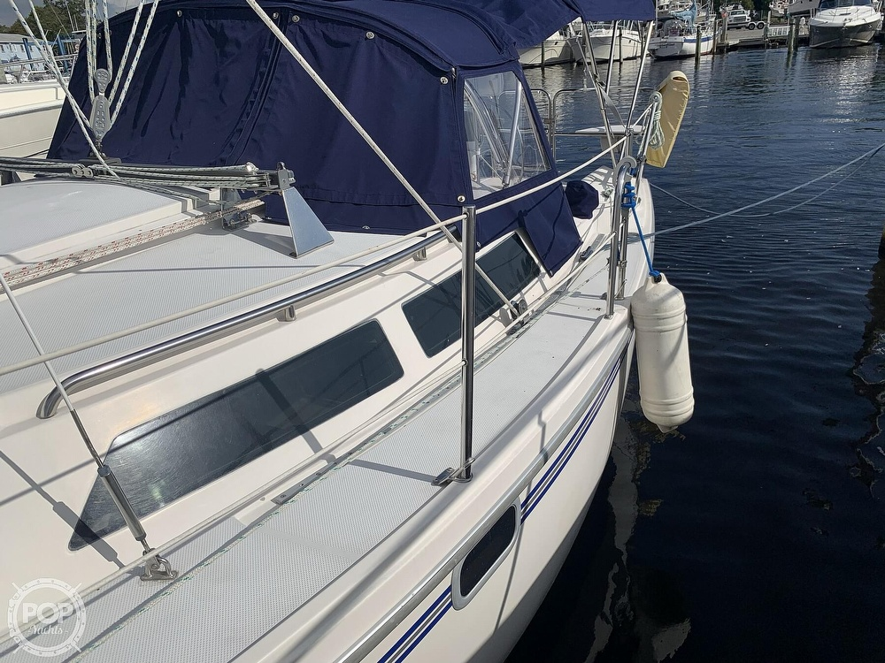 1994 Catalina Yachts boat for sale, model of the boat is 30 Mark III Tall Rig & Image # 23 of 40