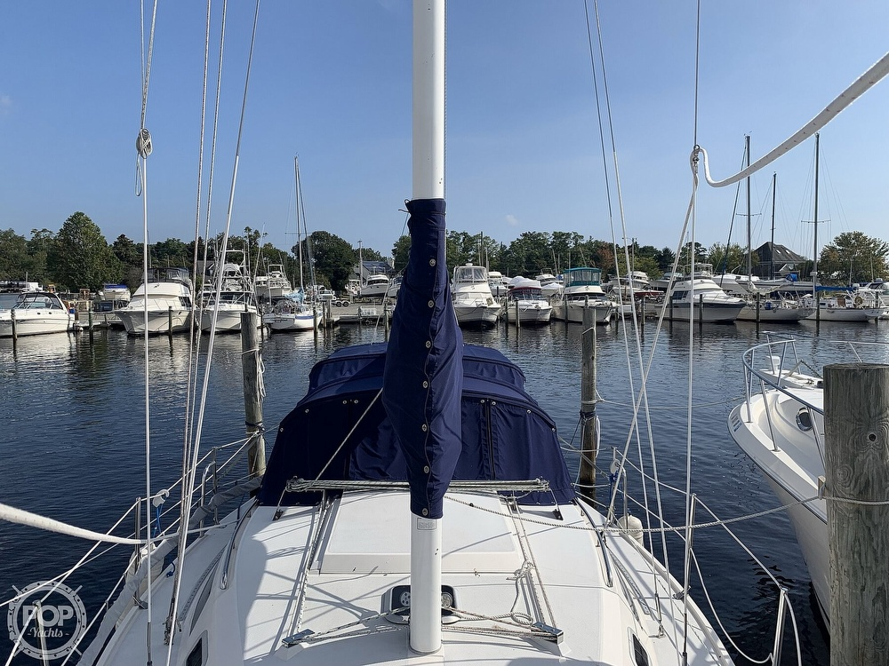 1994 Catalina Yachts boat for sale, model of the boat is 30 Mark III Tall Rig & Image # 11 of 40