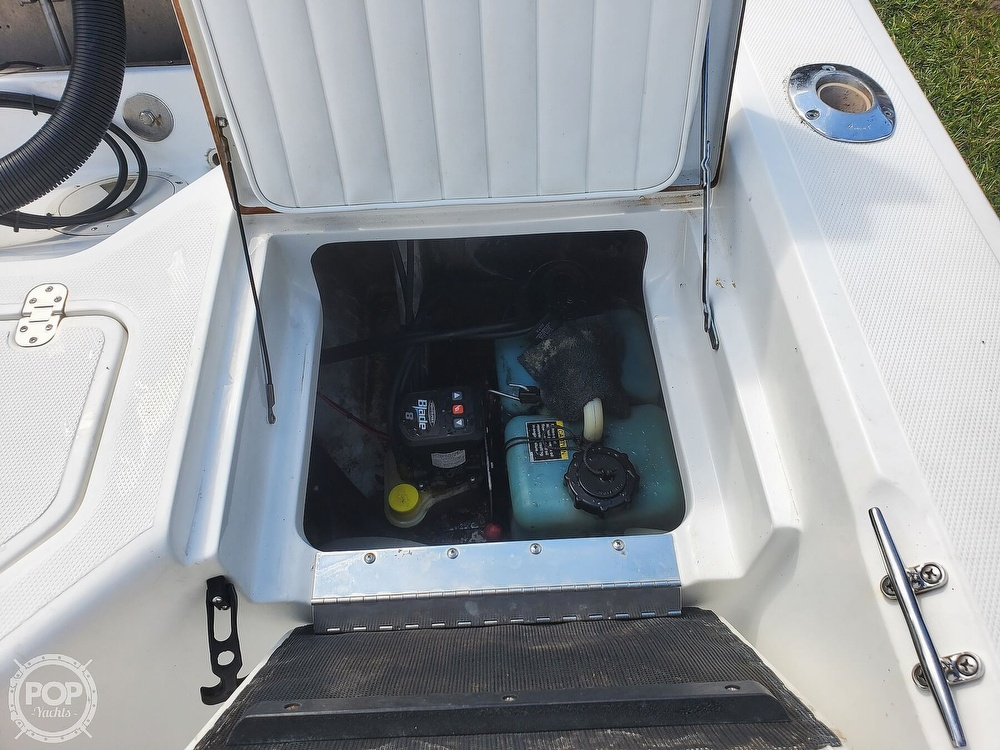2008 Kenner boat for sale, model of the boat is 2103 Tunnel & Image # 12 of 40