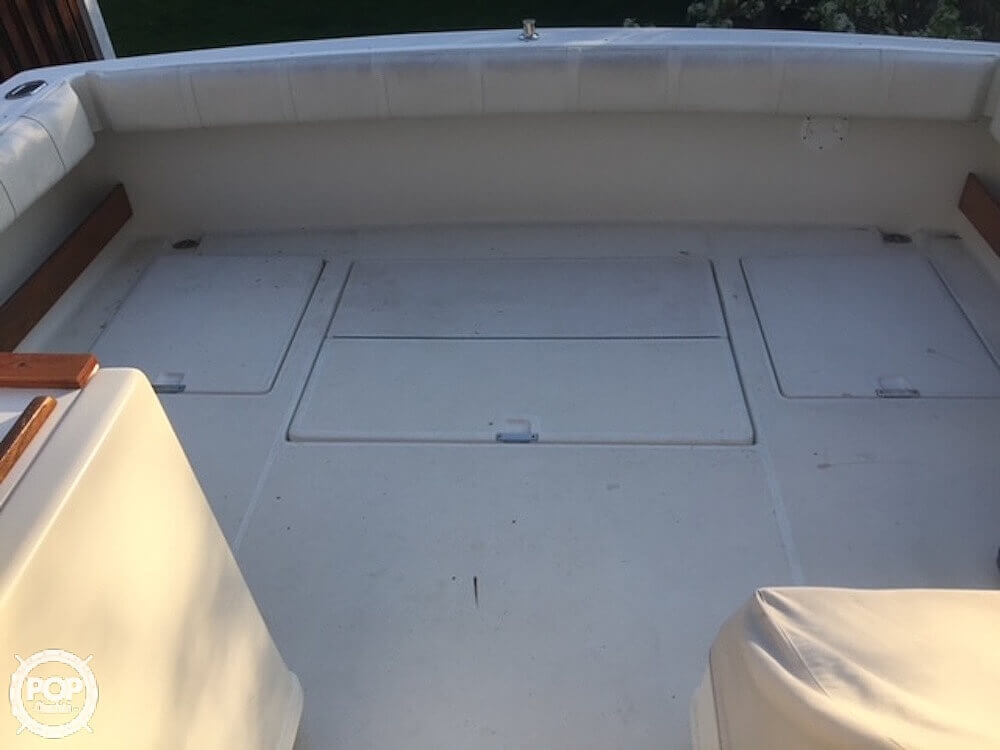 1990 Tiara Yachts boat for sale, model of the boat is 3100 Open & Image # 15 of 25