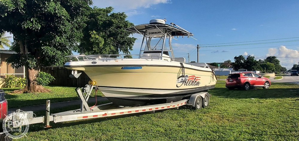2005 Century boat for sale, model of the boat is 2600 CC & Image # 2 of 40