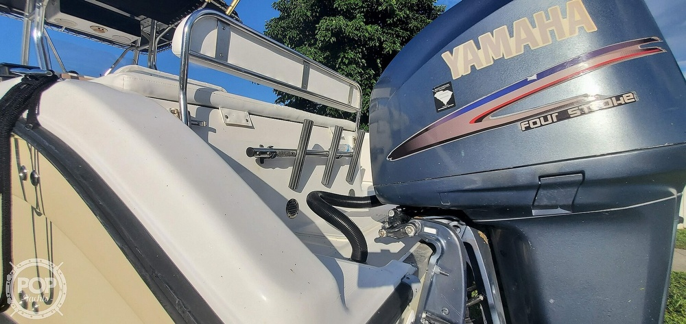 2005 Century boat for sale, model of the boat is 2600 CC & Image # 28 of 40