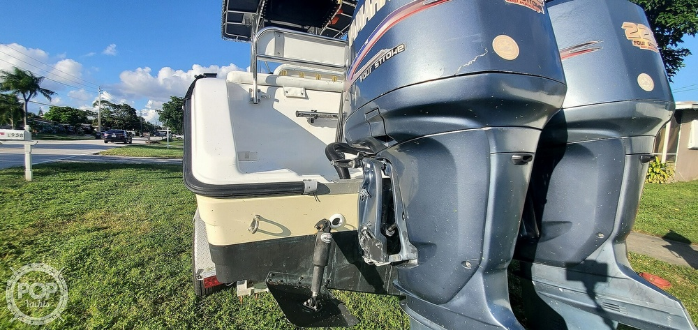 2005 Century boat for sale, model of the boat is 2600 CC & Image # 30 of 40
