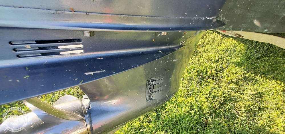 2005 Century boat for sale, model of the boat is 2600 CC & Image # 39 of 40