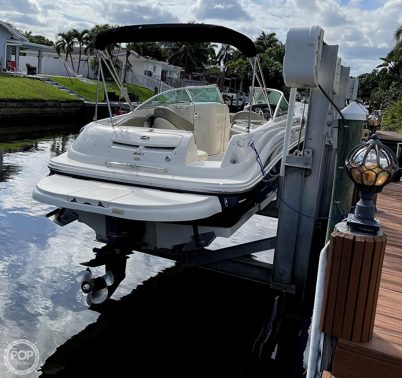 2005 Sea Ray boat for sale, model of the boat is 240 Sundeck & Image # 2 of 40