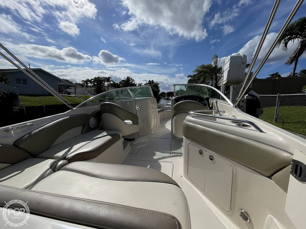 2005 Sea Ray boat for sale, model of the boat is 240 Sundeck & Image # 28 of 40