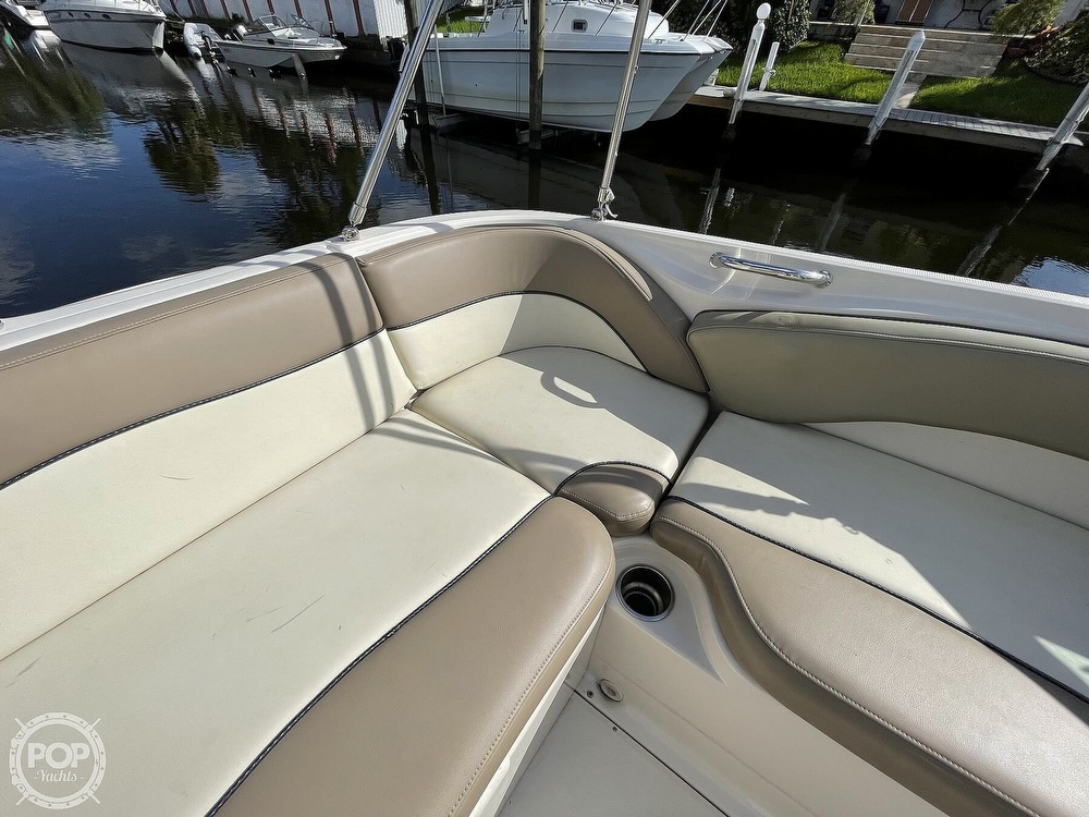 2005 Sea Ray boat for sale, model of the boat is 240 Sundeck & Image # 31 of 40