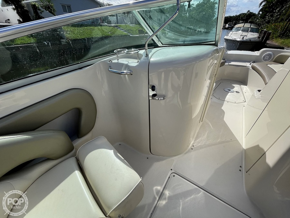 2005 Sea Ray boat for sale, model of the boat is 240 Sundeck & Image # 37 of 40