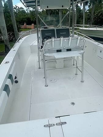2002 Stamas boat for sale, model of the boat is Tarpon 270 & Image # 8 of 20