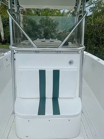 2002 Stamas boat for sale, model of the boat is Tarpon 270 & Image # 12 of 20