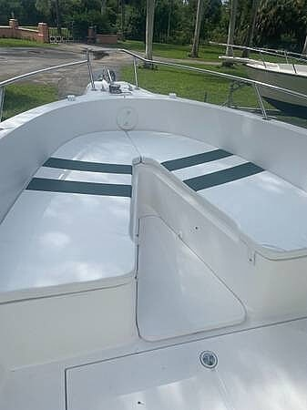 2002 Stamas boat for sale, model of the boat is Tarpon 270 & Image # 13 of 20