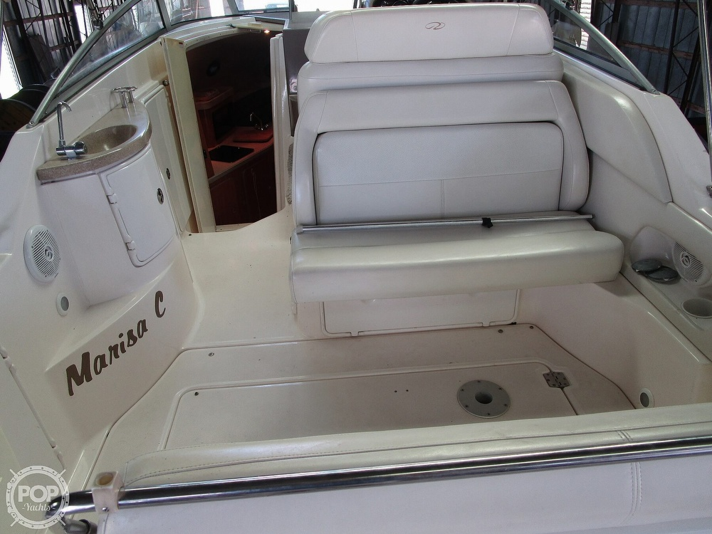 2004 Regal boat for sale, model of the boat is Commodore 2665 & Image # 8 of 40