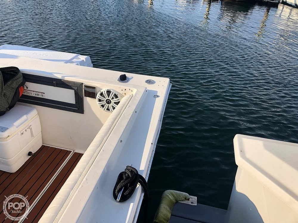 1991 Baha Cruisers boat for sale, model of the boat is 260 Weekender & Image # 18 of 40
