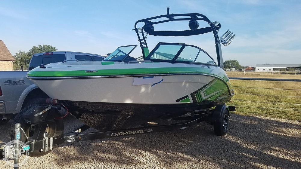 2017 Chaparral boat for sale, model of the boat is 203 VRX & Image # 12 of 40